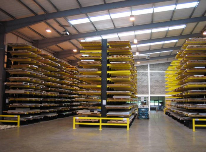 cantilever racking warehouse
