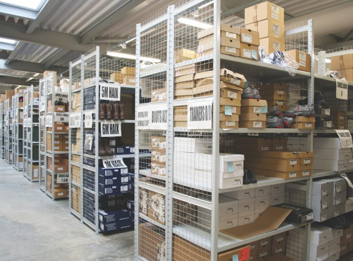 Warehouse Shelving Systems - Boxes