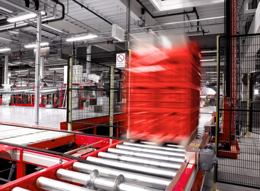 Warehouse Ecommerce Storage Solutions - Conveyor Systems
