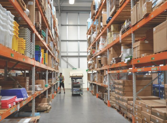 Wide Aisle - Warehouse - Oracle Storage